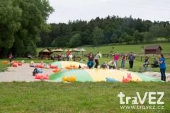 farmapark_sobehrdy_trampoliny
