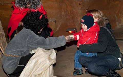 Pekelná cesta jeskyněmi